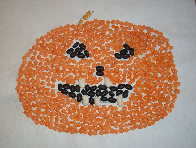 A Simple Halloween Craft Project:  Bean Mosaic Ghosts and Pumpkins
