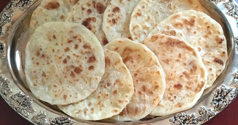Halwa Polelu/Sajja Obbattu/Halwa Poori/Rawa Bobbattu/Sojjappalu – Deep Fried & Pan Roasted Versions