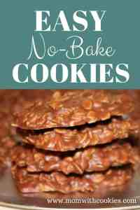 Easy no bake cookies - www.momwithcookies.com #nobakecookies #nobakecookiesrecipe #nobakecookieswithpeanutbutter #nobakecookieswithoats #easynobakecookies #recipes