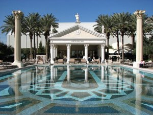 caesars-palace-pool