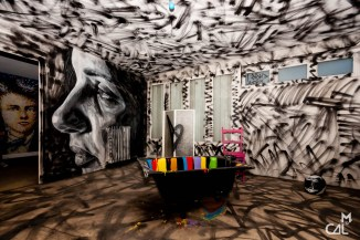 Tour Paris 13 apt 983 8e, David Walker (UK)