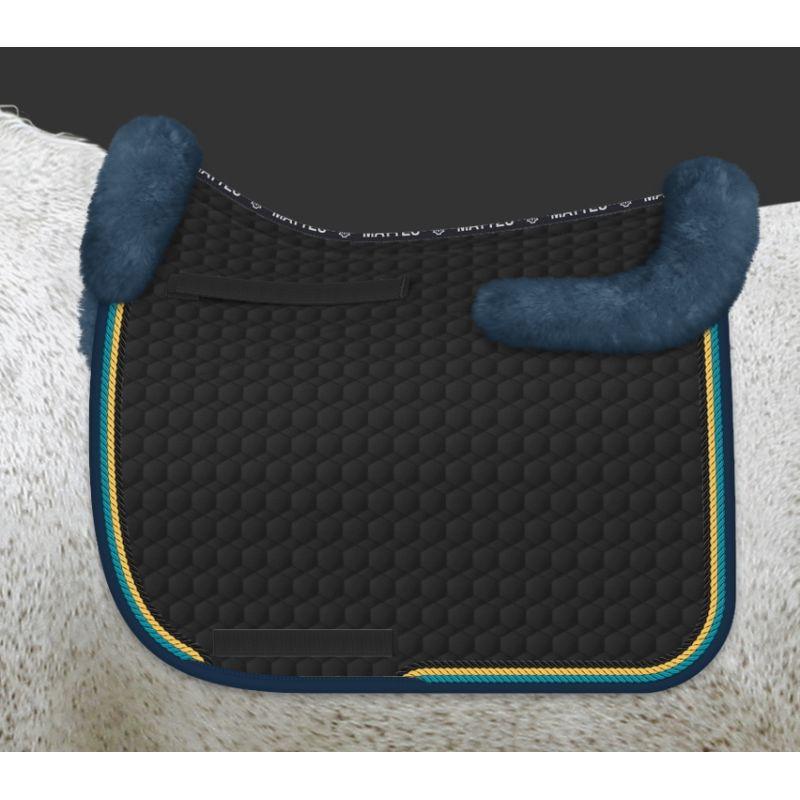tapis de selle cheval avec amortisseur mouton personnalisable mattes