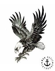 tatouage Aigle Royal en Vol