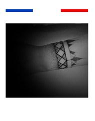 Tatouage poignet mandale points femme temporaire