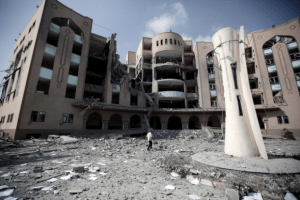 The Islamic University of Gaza bombed by Israeli F16 warplanes, August 02, 2014. (Photo: Mustafa Hassona/Anadolu Agency/Getty Images)