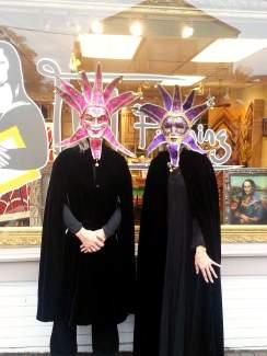 Mona Lisa Framing – Halloween Parade