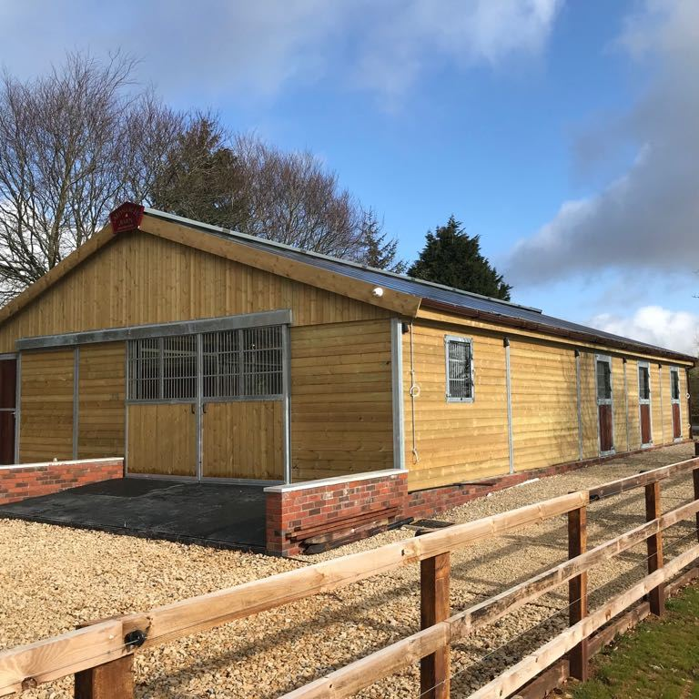 Steel framed Monarch Barn with sliding barn doors