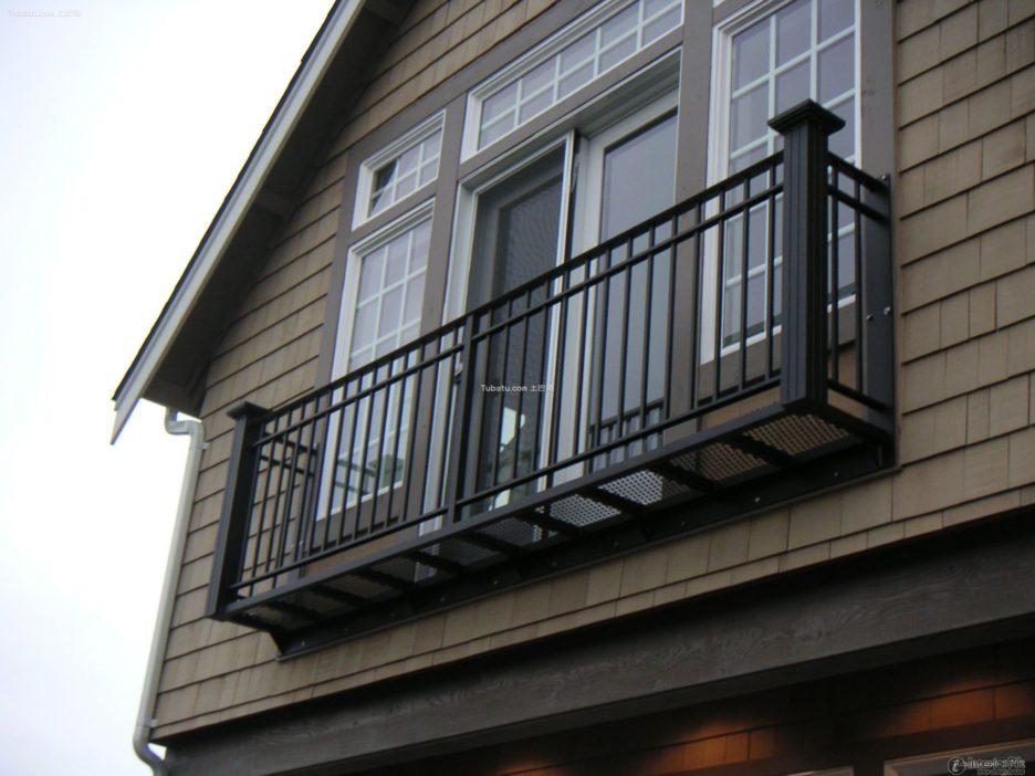 Simple Juliet Balcony Railing