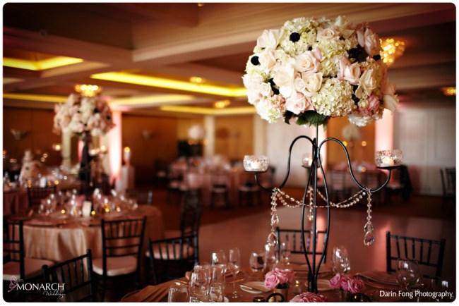 Blush-black-white-wedding-at-La-Valencia-Black-chiavari-chair