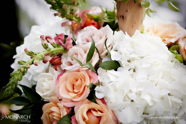 Lodge-at-Torrey-pines-wedding-rustic-florals-hydrangea