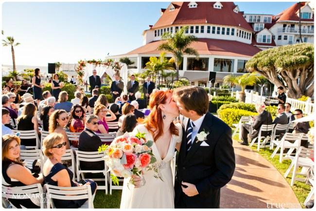 Vintage-nautical-wedding-hotel-del-bride-and-groom-kiss