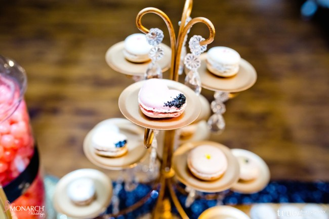 Gatsby-Prado-at-balboa-park-wedding-dessert-station-macaroons
