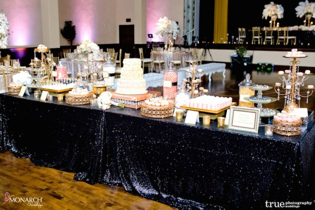 Gatsby-Prado-at-balboa-park-wedding-dessert-station-black-sequin-llinen