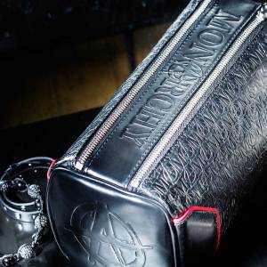 Monarchy London, Luxury Leather Goods for Stylish Gentlemen. Luxury black leather toiletry bag for men