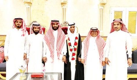 آل عاتي والراجحي يحتفلون بزفاف محمد