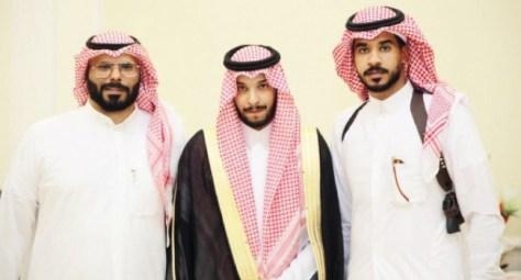 الغامدي والدوسري يحتفلان بزواج عبدالله