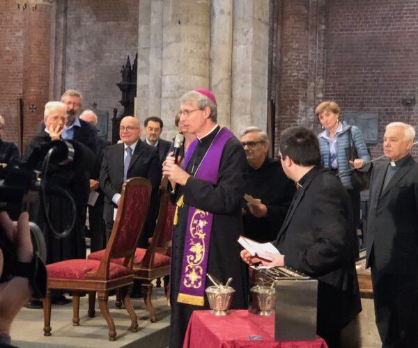 Benedizione da parte del Vescovo di Pavia Corrado Sanguineti