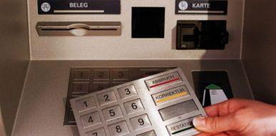 Pirater ou clooner une carte bancaire : le skimming en 2020