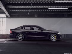 Volvo S60 2019 noir profil