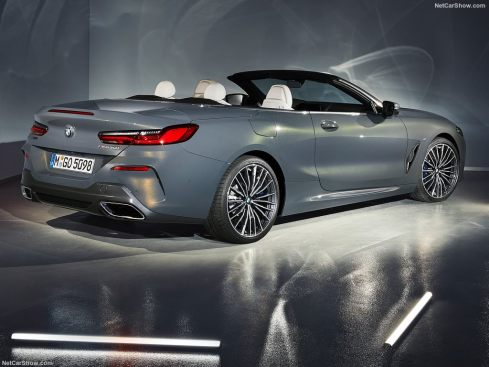 BMW Série 8 Cabriolet 2019 studio vue arrière