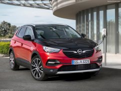 Opel Grandland X Hybrid4 3/4 avant