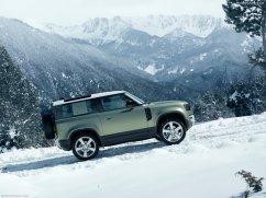 Galerie Land Rover Defender 2020 version 90 dans le neige