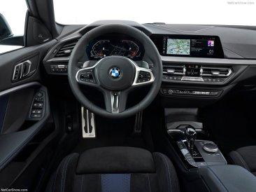 BMW Série 2 Gran Coupé 2020 au volant