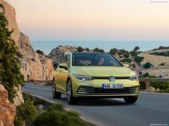 Volkswagen Golf 2020 sur route