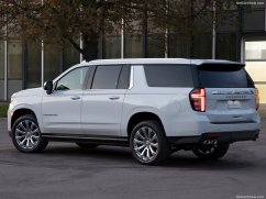 Chevrolet-Suburban-2021-1024-07
