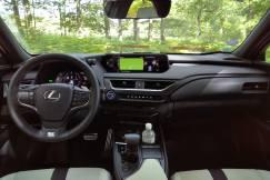 tableau de bord Lexus UX