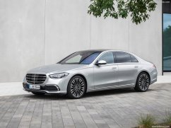 Mercedes-Benz-S-Class-2021-1024-06