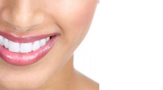 Natural Home Remedies for Whiter Teeth