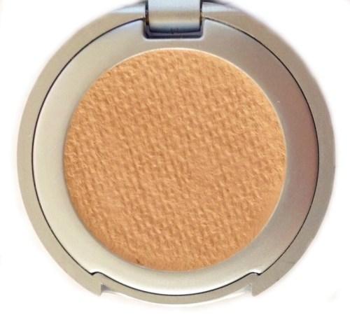 Sandra Cream to Powder Concealer