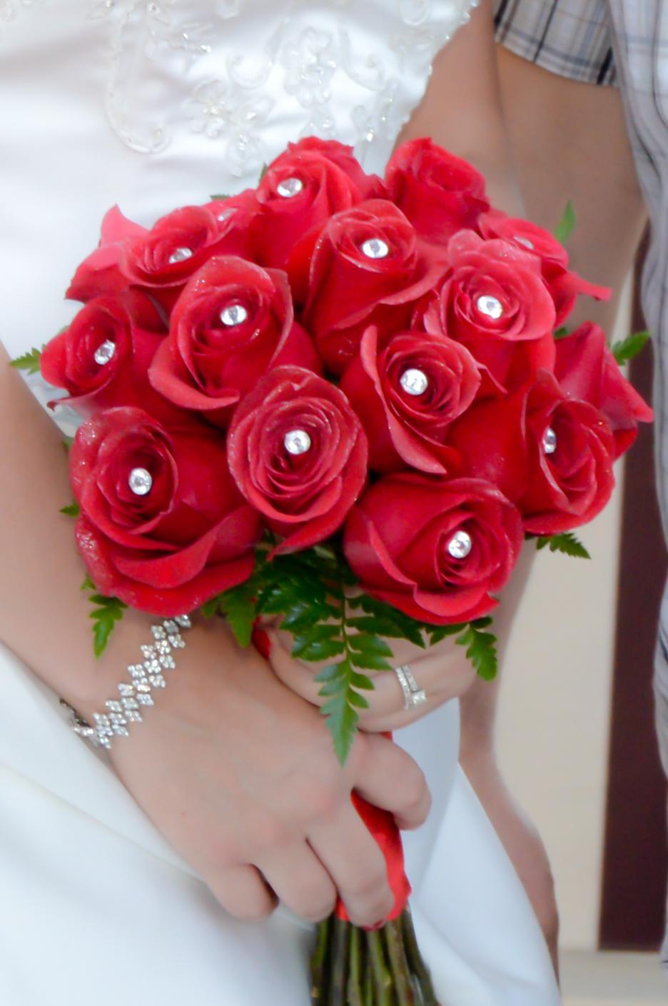 18 Rose Hand Tied Bridal Bouquets  Las Vegas Weddings