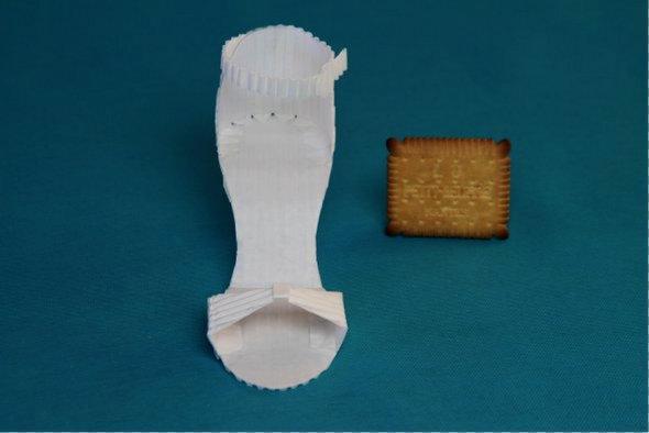 Lu-soulier-papier-2
