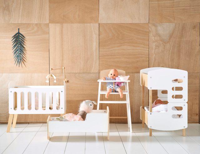 Meuble pour poupée - collection jeux en bois VertBaudet 2019