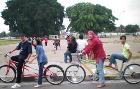 alun-alun kidul Yogyakarta