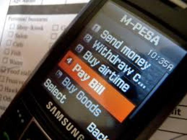 Tela de celular mostrando o M-Pesa e como pagar as contas