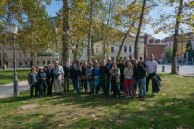 group picture in Ljubljana of the Free Walking Tour