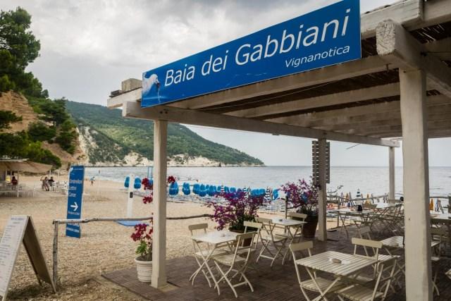 The entrance for the Baia dei Gabbiani Beach