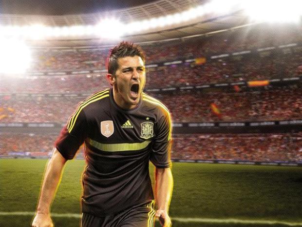 David Villa célébrant un but avec le nouveau maillot extérieur de la Roja