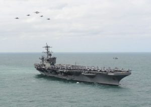 Covid-19: Le porte-avions Theodore Rossevelt évacué