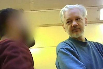Dans une lettre au Lancet, des médecins condamnent la torture d'Assange et exigent sa libération