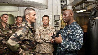 Un général français de haut rang annonce les préparatifs de guerres «État contre État»