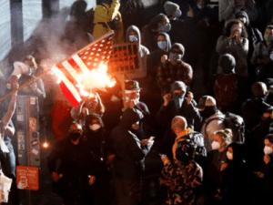 La Syrie à Seattle: La Commune défie le Régime US