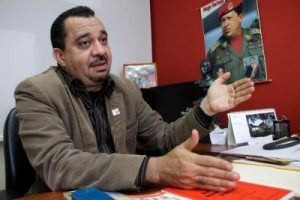 """Julio Chávez : """"L'opposition ne veut pas d'élections car elle sait qu'elle va perdre"""""""
