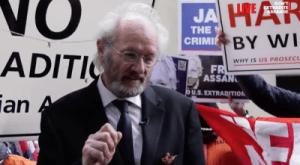 Lettre de Londres: L'affaire surréaliste des Etats-Unis contre Assange