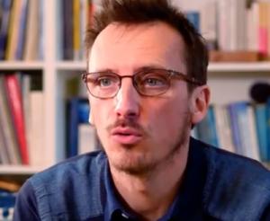 France, vers une «soft dictature»? Entretien avec le Dr Louis Fouché