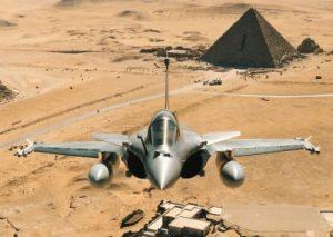 Révélations : la France signe en secret la vente de Rafale à l'Egypte