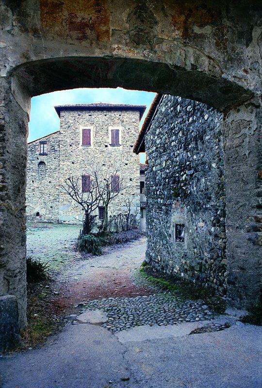 Castelli della Lombardia provincia di Lecco
